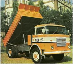 Trucks, Heavy Equipment, Old Cars, Cars And Motorcycles, Techno, Vintage Cars, History, Vehicles, Transportation