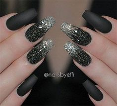 Glitter nail art designs have become a constant favorite. Almost every girl loves glitter on their nails. Have your found your favorite Glitter Nail Art Design ? Beautybigbang offer Glitter Nail Art Designs 2018 collections for you ! Black Nails With Glitter, Black Nail Art, Glitter Nail Art, Black Manicure, Black Silver Nails, Black Art, Pink Glitter, Black Polish, Black Gel Nails