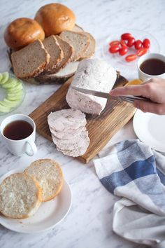 Domowa szynka drobiowa z szynkowara My Recipes, Camembert Cheese, Dairy, Food, Cooking, Essen, Meals, Yemek, Eten