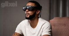 Well now we know what @MagicLeap has been up to, and it's awesome for the #AR world. Magic Leap: Founder of Secretive Start-Up Unveils Mixed-Reality Goggles - https://www.rollingstone.com/glixel/features/lightwear-introducing-magic-leaps-mixed-reality-goggles-w514479
