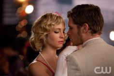 "THE VAMPIRE DIARIES ""Do Not Go Gentle"" Pictured (L-R): Candice Accola as Caroline and Joseph Morgan as Klaus.  Quantrell Colbert/The CW ©2012 The CW Network, LLC. All Rights Reserved."