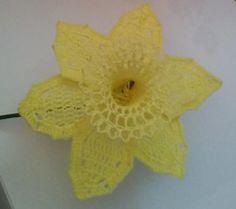 Daffodil Crochet Flower | AllFreeCrochet.com