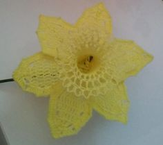 Daffodil Crochet Flower   AllFreeCrochet.com