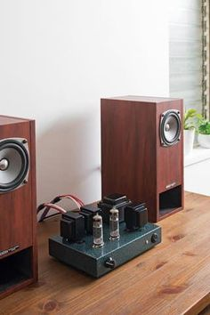 High End Audio Equipment For Sale Equipment For Sale, Audio Equipment, Room Acoustics, Valve Amplifier, Speaker Box Design, Vinyl Storage, Metal Clock, Audio Room, High End Audio