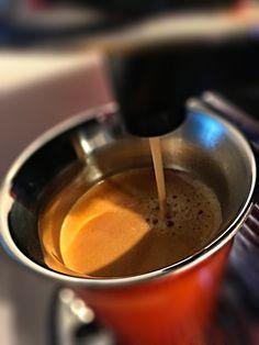 Guten Morgen…einen sonnigen Sonntag wünsche ich euch mit einem #Arpeggio #Kaffee von @Nespresso #whatelse #ShotoniPhone #iPhoneSE #camera+ #tadaa