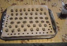 Hogyan készítsek tortára csokidíszt otthon? - Sütés / díszítés - NoSalty - Mit hogyan?