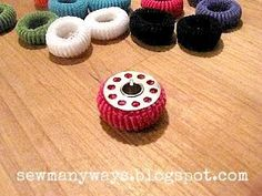Sewing 101 tiny hair elastics to keep bobbin thread from unraveling. Pickup Some Creativity: Sewing 101 with Karen, organizing your sewing area Sewing Hacks, Sewing Crafts, Sewing Projects, Sewing Tips, Art Projects, My Sewing Room, Sewing Rooms, Bobbin Storage, Thread Storage