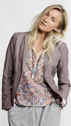 Plus Fine - Qued Blazer - Pastel Pink - Serafine.dk - Cool og Casual Online Fashion