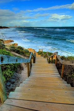 Down to the sea, Perth, Australia