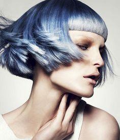 präsentiert von www.my-hair-and-me.de #women #hair #haare #short #kurz #kurzhaarfrisur #blue #blau