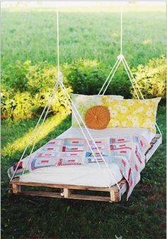 garderobenk rbe aus alten paletten von gl cksmomente ideen rund ums haus pinterest. Black Bedroom Furniture Sets. Home Design Ideas