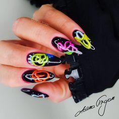 Hippie Nails, Nail Trends, Medium, Instagram, Medium Long Hairstyles