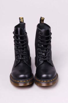 I must be one of the only people to have worn doc martens nearly everyday for three years, I love my docs <3 on a typical day I wear a floaty floral dress, black tights, doc martens and a leather jacket.