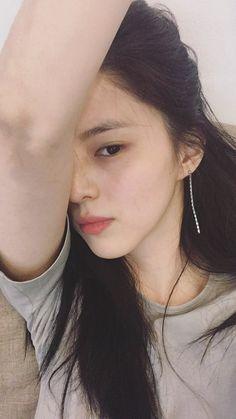 Ulzzang Korean Girl, Cute Korean Girl, Korean Beauty, Asian Beauty, Glamour Ladies, Prity Girl, Girl Photo Poses, Cute Beauty, Girl Inspiration