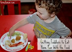 How to Get Toddlers to Eat: Have Fun with the Food! #NuggetSmiles #cbias