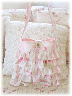 Ruffly Sweet Sue Pink Roses Bag ~ So pretty!