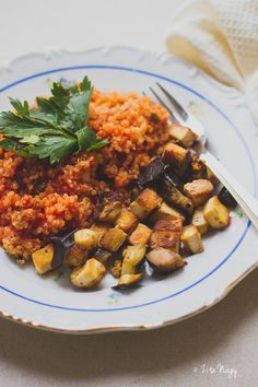 Quinoa, Kung Pao Chicken, Vegetable Recipes, Tofu, Plant Based, Curry, Paleo, Gluten Free, Vegetarian