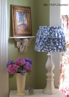 summer vignette with cottage shade tutorial