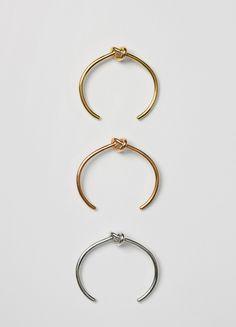 Knot Extra Thin Bracelet - セリーヌについて