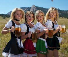 Oktoberfest Girls Special 2016 - Page 3 Oktoberfest Hairstyle, Oktoberfest Party, German Girls, German Women, Octoberfest Girls, Beer Maid, Beer Girl, Beer Festival, Poses