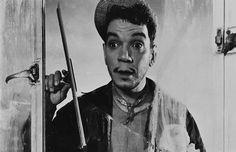 Cantinflas http://static.diario.latercera.com/201107/1300818.jpg