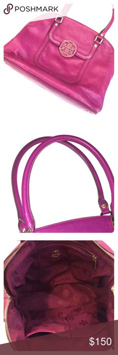 Tory Burch Purse Authentic Tory Burch Shoulder Purse Excellent condition Color Plum My personal purse that I am selling Tory Burch Bags Shoulder Bags