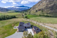South Island, Queenstown - Lovingly Built Home Surrounded by Pastures and Peaks Modern Family, Home And Family, South Island, Mountain Range, All Over The World, New Zealand, Beautiful Homes, Modern Design, Golden Triangle