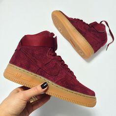 Sneakers femme - Nike Air force 1 Suede