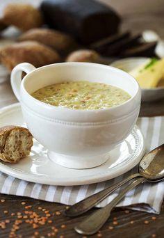 Linssi-ohrakeitto on helppo ateria, jonka pehmeä maku syntyy kookoksesta. Katso ohje ja kokeile!