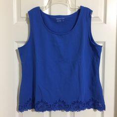 1259b78f41f40 Women s White House Black Market Black White Sleeveless Chain Stretch Top  Size S