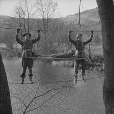 https://flic.kr/p/bEeCR9 | Members of 298 Field Ambulance Company, Royal Army Medical Corps, Grasmere, 18 November 1943. IWM