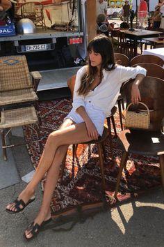 Parisian Summer, Parisian Chic Style, French Girl Style, French Girls, Short Outfits, Summer Outfits, Camp Outfits, Casual Outfits, Women's Summer Fashion