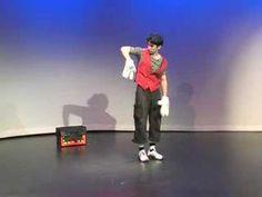 Andrew Vinokurov as the Mime