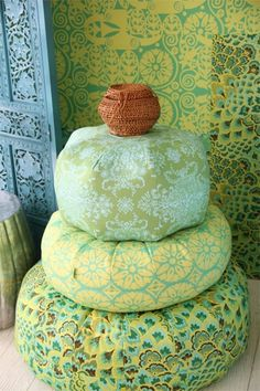 Amy Butler's poufs and gum drop pillows - pattern available