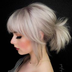 Here we have made a collection of best ever short ponytail hairstyles a long with platinum blonde hair colors. Ladies if you want to wear absolutely unique and bold look with short hair then must see here for gorgeous ponytails for short hair. Blonde Hair With Bangs, Platinum Blonde Bangs, Blonde Bob With Fringe, Short Hair With Bangs, Short Blonde, Bob With Fringe Fine Hair, Blonde Hair With Purple Tips, Medium Bob With Bangs, White Blonde Bob