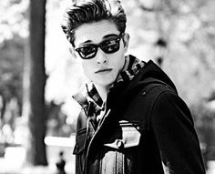 Find images and videos about boy, sexy and Hot on We Heart It - the app to get lost in what you love. Francisco Lachowski, Fashion Models, Mens Fashion, Ray Ban Glasses, Cute Faces, Preppy Style, Character Inspiration, Story Inspiration, Character Ideas