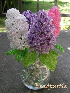 New Flowers Bouquet Ideas Single Ideas Seed Bead Flowers, French Beaded Flowers, Wire Flowers, Crochet Flowers, Beaded Crafts, Beaded Ornaments, Beading Patterns, Flower Patterns, Beading Projects