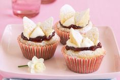 Party food has never been simpler with these pretty and creative butterfly cupcakes.
