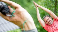 10 Places to Teach Yoga Besides the Studio. New yoga teachers, this checklist is your friend. Find your yoga niche—by thinking beyond the studio—and begin planning to build your classes. Yoga Party, Become A Yoga Instructor, Yoga For Balance, Yoga Pictures, Yoga Music, Partner Yoga, Yoga For Flexibility, Yoga Journal, Yoga For Kids