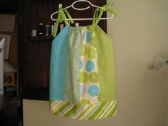 Fat Quarter Pillowcase Dress -- What a great idea.  I see fat quarters marked down sometimes.  :)