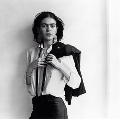 Frida Kahlo's head on Patti Smith's body. Photo of Patti Smith taken by Robert Mapplethorpe for the cover of her 1975 album Horses.