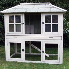 Would be a nice little chicken coop-Its A Rabbits Life – Do It Yourself Rabbit Hutches