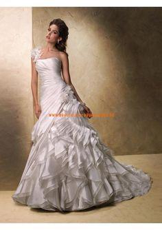 Klassische Brautkleider 2013 aus Satin und Organza mit Schleppe A-LInie