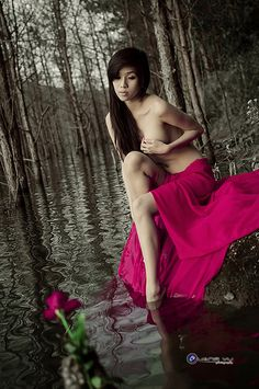 Mơ hoang - Semi nude  Photo by Đào Phúc Quang Vũ - Website: www.daophucquangvu.com