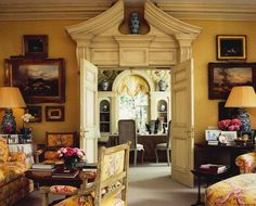 Design Legend: Nicky Haslam - The Glam Pad - - Traditional Interior, Classic Interior, Traditional Design, English Interior, English Country Decor, French Country, Yellow Interior, Top Interior Designers, Beautiful Interiors