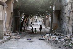 ONG denuncian la situación de casi 400.000 sirios en Alepo y Manjib, desprovistos de ayuda humanitaria - http://www.vistoenlosperiodicos.com/ong-denuncian-la-situacion-de-casi-400-000-sirios-en-alepo-y-manjib-desprovistos-de-ayuda-humanitaria/