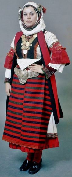 "Festive costume known as ""Paesana"" from Asvestochori, Thessaloníki, northern Greece. Clothing style: early 20th century. (Peloponnesian Folklore Foundation)."