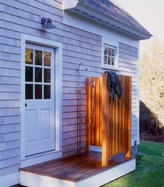John Cole Architect - seaside cottage with outdoor shower