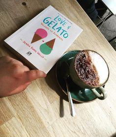 """""""Love&Gelato. Vacanță la Florența"""" de Jenna Evans Welch este o carte YA romantică şi contemporană care îţi dă o stare de bine şi fericire. Love And Gelato, Tableware, Blog, Dinnerware, Tablewares, Place Settings"""