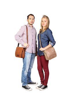 Oldaltáskád megtalálja párját, férfias, praktikus, kényelmes. Vooc a bőr specialista Style, Fashion, Swag, Moda, Fashion Styles, Fasion
